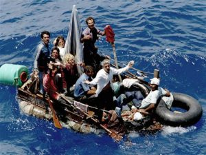 gal-revolucioncubana-boat-jpg